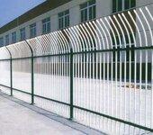 广东茂名防腐金栏杆制品黄金公路护栏锌钢铁艺围栏光滑平整