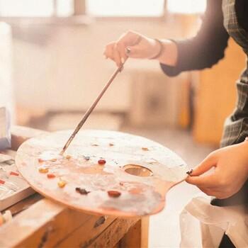 崂山区海大附近学美术哪里好学的快?青岛美术培训班