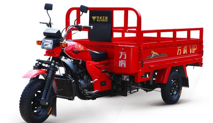 三轮货箱摩托车挂挡不走是什么原理