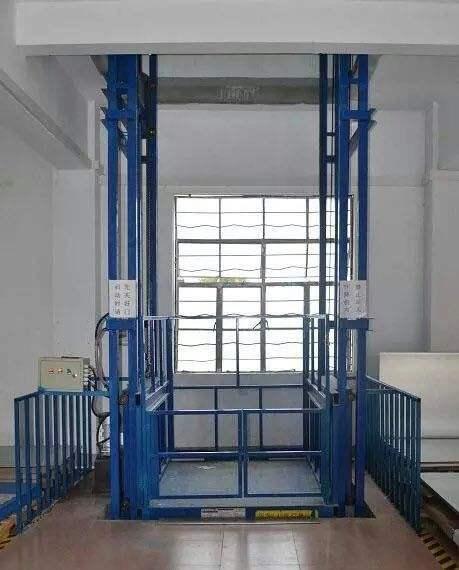 青岛液压升降机城阳升降货梯即墨液压货梯胶州货梯安装厂家