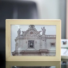 家庭安防专用的微型伪装式相框高清摄像机厂家低价出货图片