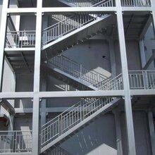 房山钢结构楼梯、钢结构阁楼制作安装厂家-京东万顺钢结构-免费设计、造型美观省料图片
