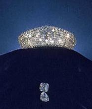 英国女王收藏:珠宝值数亿.重庆南川珠宝玉石出手该去哪价值更高