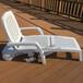 广州户外沙滩椅塑料躺椅厂家直销