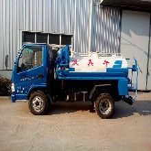 优质蓝牌2立方吸粪车-程力凯马迷你抽粪车高清图片厂家提供