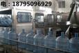寧夏昌海專業純凈水設備生產商-三合一灌裝機設備優點和灌裝方式簡介