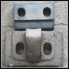 推焦机轨道止推座垫板配套双孔钢轨压板止退座4.3m-7.63m焦炉系列钢轨压板总成图片