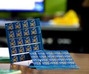 众一科技专业提供pcb线路板打样及批量生产一条龙服务图片
