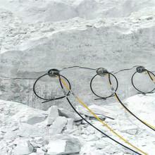 石头坚硬开采不出来就用劈裂机天津宁河工程方案图片