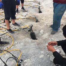 开矿花岗岩破石头机器贵州遵义制造厂家图片