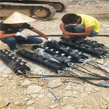 挖河道破碎风化岩机器重庆万州预付定金货到付款图片