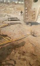 紹興紹興石料場石頭靜態裂石機一個班產量圖片