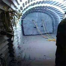 河南漯河液压劈裂棒厂商出售农村盖房子挖地基图片