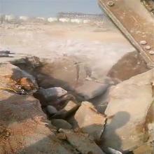 庆阳镇原平场地挖基坑遇到硬石头怎么办二手供应管沟开挖图片