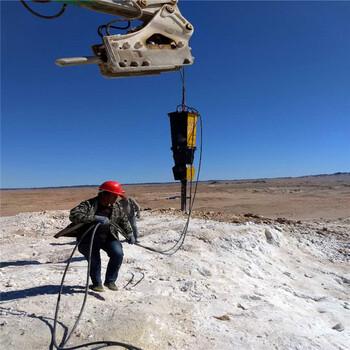 内蒙古通辽开山破石头替换二氧化碳爆破机包装配调试石头基础坑