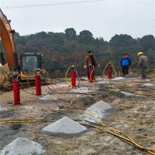 汕尾城区石料厂胀裂石头劈裂棒当地代理商矿洞开采掘进图片