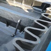 四平散料用加挡边式皮带机不锈钢防腐码头输送机图片