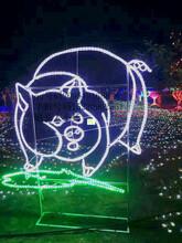 中山公园造型装饰灯,兔子景观灯,平面猪造型灯图片