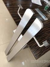 304不锈钢楼梯护栏立柱/实心不锈钢立柱图片
