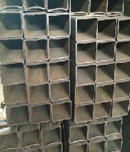 Q235方矩管生产厂家大口径无缝方矩管价格质优价廉图片