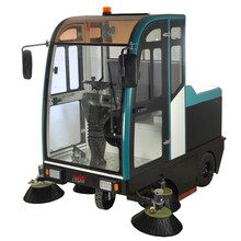 全封閉式駕駛式掃地機園區道路清潔用掃地機市政環衛掃地機物業保潔用掃地機圖片