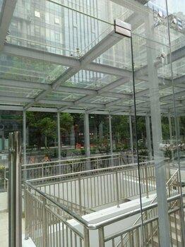 東莞深圳廣州幕墻玻璃自爆更換改造高盛玻璃幕墻