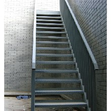石家庄钢梯定制