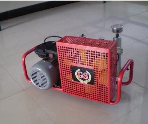 柴油移动式200公斤空气压缩机_30兆帕国厦空压机