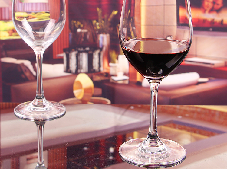 红酒杯批发丨高档水晶玻璃红酒杯高脚无铅葡萄酒杯-酒杯玻璃报价 厂家图片