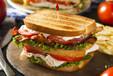兰州开炸鸡汉堡加盟店费用大概多钱_贝克汉堡加盟