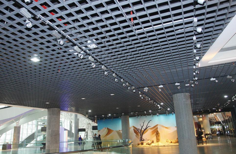 易博仕装饰材料直供最新木纹铝格栅复古格栅天花木纹格栅吊顶