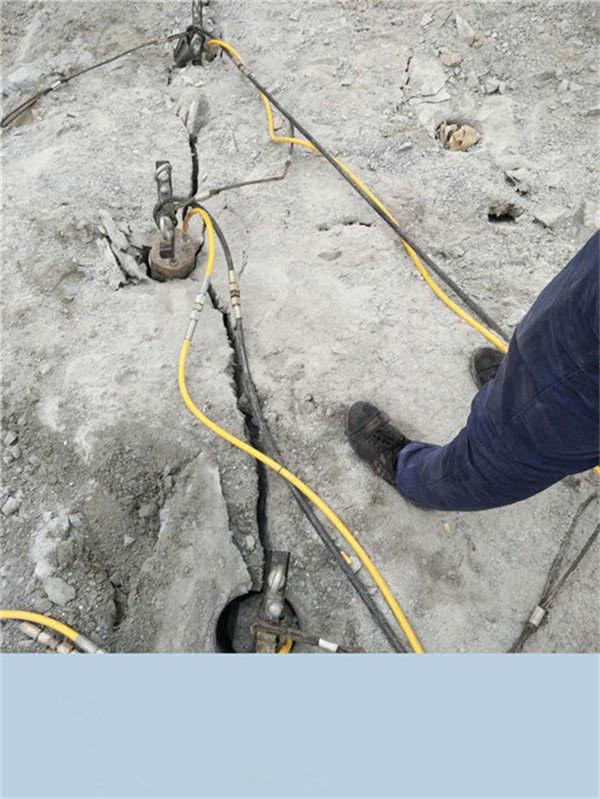 河北保定石场不能放炮机械化采石设备厂家在哪里