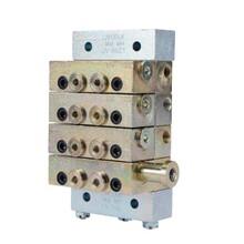 片式分配器UV882101