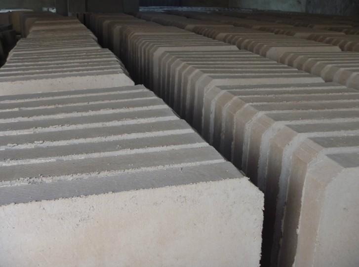 无锡轻质保温浇注料高温耐火推板生产厂商
