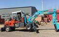 晋中小轮式挖掘机直销破碎锤挖掘机厂家新振钩机