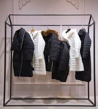 朗文斯汀女装19冬品牌折扣库存女装货源批发一线品牌女装折扣图片