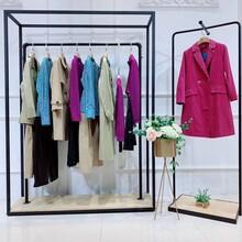 伊纳芙米欧米女装轻奢女装优美世界女装专卖店上海西服图片