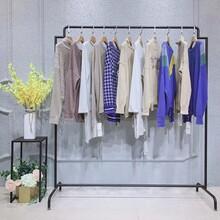 知恩19秋冬女裝代銷女裝米蘭時尚服裝批發網廣州最便宜的尾貨市場圖片