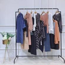 億姍19秋冬女裝高檔女裝品牌加盟品牌折扣女裝漢正街服裝批發市場圖片