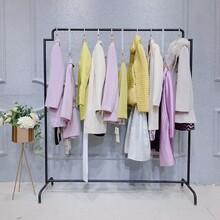 欧维草堂女装品牌店棉麻浅素品牌女装哪里的衣服批发便宜图片