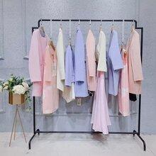 南油棉麻女装品牌深圳服装工厂尾货成都女装品牌折扣店图片