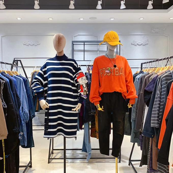 白翎風采時尚潮流品牌女裝服裝批發走份直播女裝批發網