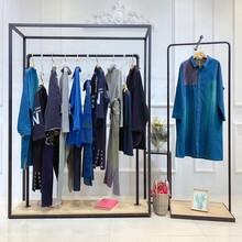 姊妹國際名牌服裝折扣店播女裝品牌常熟衣服批發市場圖片