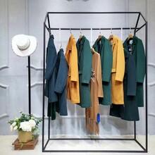 山水雨稞淘寶網天貓女裝外套品牌尾貨折扣店加盟艾格女裝專賣店圖片