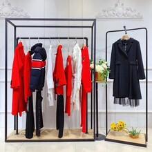 戛納巨式女裝品牌服裝折扣店5元女裝批發泛泛女裝加盟圖片