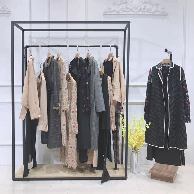 怡紋品牌女裝折扣批發大碼女裝馬甲背心上海品牌服裝折扣