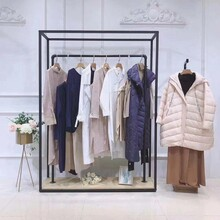 季候风一线品牌折扣服装加盟欧美知名服装品牌时尚女装批发市场图片