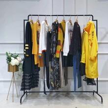 山川布衣中年大碼女裝品牌網尾貨批發市場高檔大碼女裝品牌網圖片