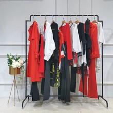 哈祥喜女裝品牌折扣店女裝一件批發女裝大牌加盟圖片