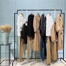 莫茲女裝品牌杭州女裝批發廠家直銷女裝尾貨折扣批發圖片